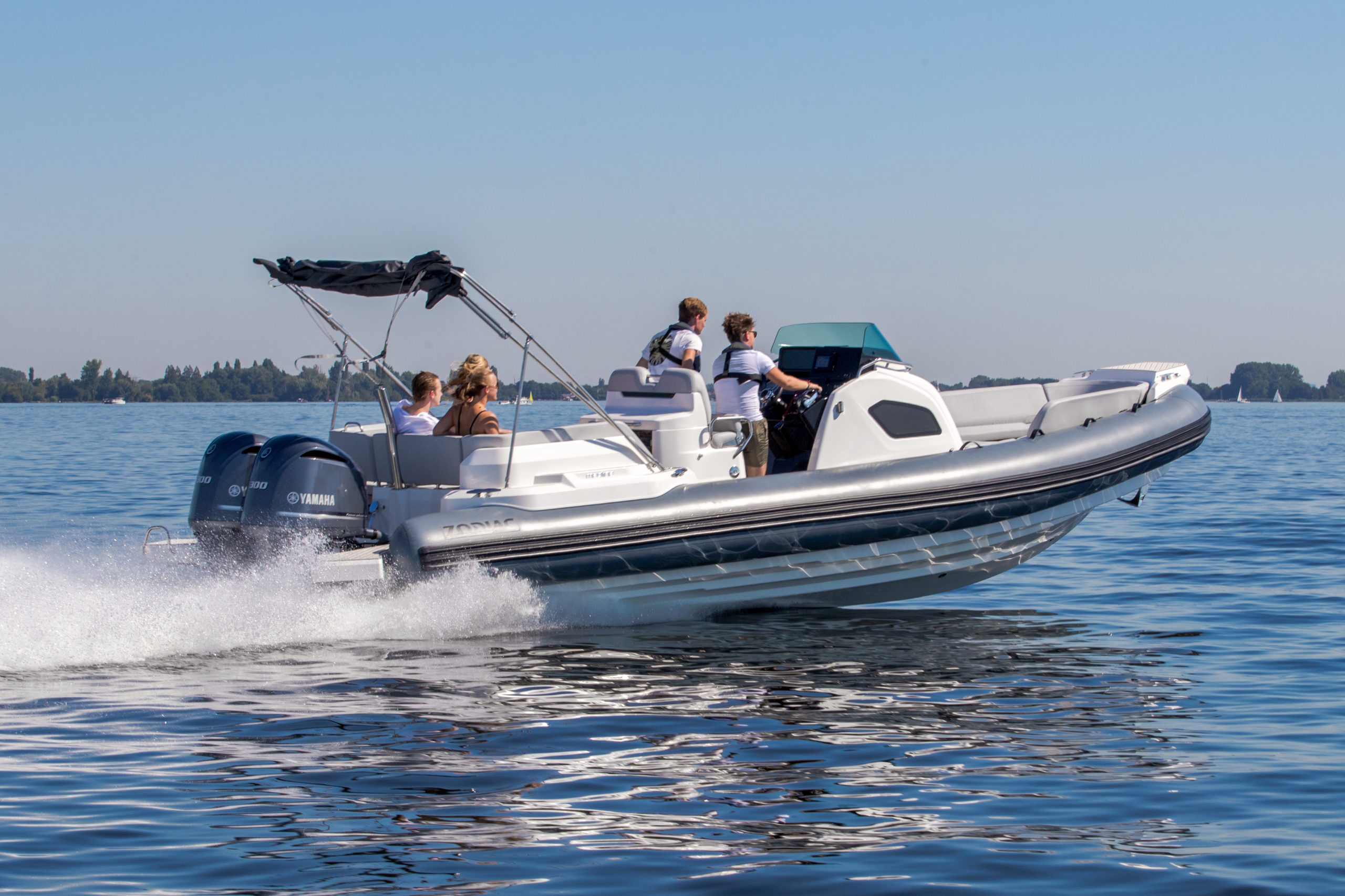 zodiac-zodiac-medline-9-rib-yamaha-300pk-rubberboot-aalsmeer-36